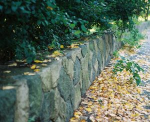 What is the cheapest retaining wall design